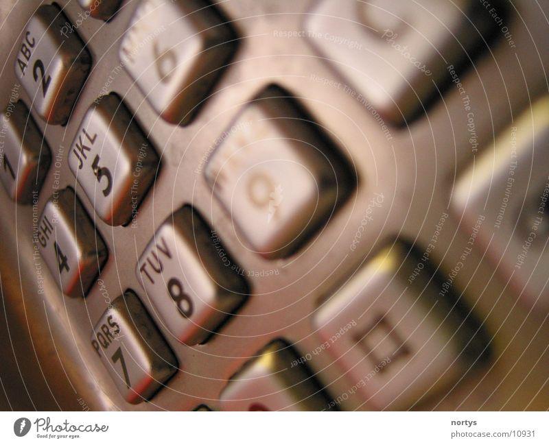 Das T-lefon Metall Arbeit & Erwerbstätigkeit Telefon Dinge Tastatur Telekommunikation Telefonzelle