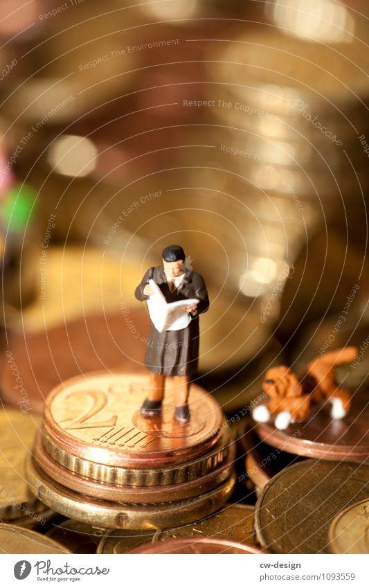 Finanzielles Interesse Mensch Mann Erwachsene Leben Stil Business Arbeit & Erwerbstätigkeit maskulin Büro elegant Erfolg 45-60 Jahre Zeichen Geld Beruf