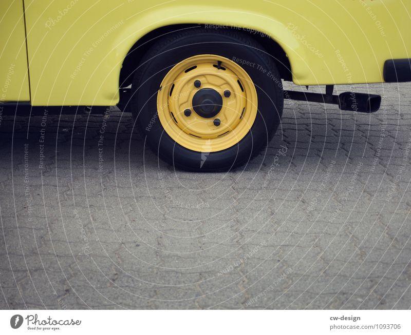 Bundesweiter Simson-Tag in Deutschland 2021 Trabi trabant trabantenstadt trabant 601 Menschenleer Fahrzeug Fahrzeugbau Fahrzeugteile schwarz KFZ PKW Verkehr