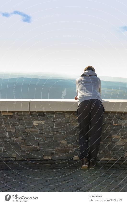 Loggä in Joggä Lifestyle Stil Körper Freizeit & Hobby Tourismus Ausflug Freiheit Berge u. Gebirge wandern Mensch maskulin Junger Mann Jugendliche 1 18-30 Jahre