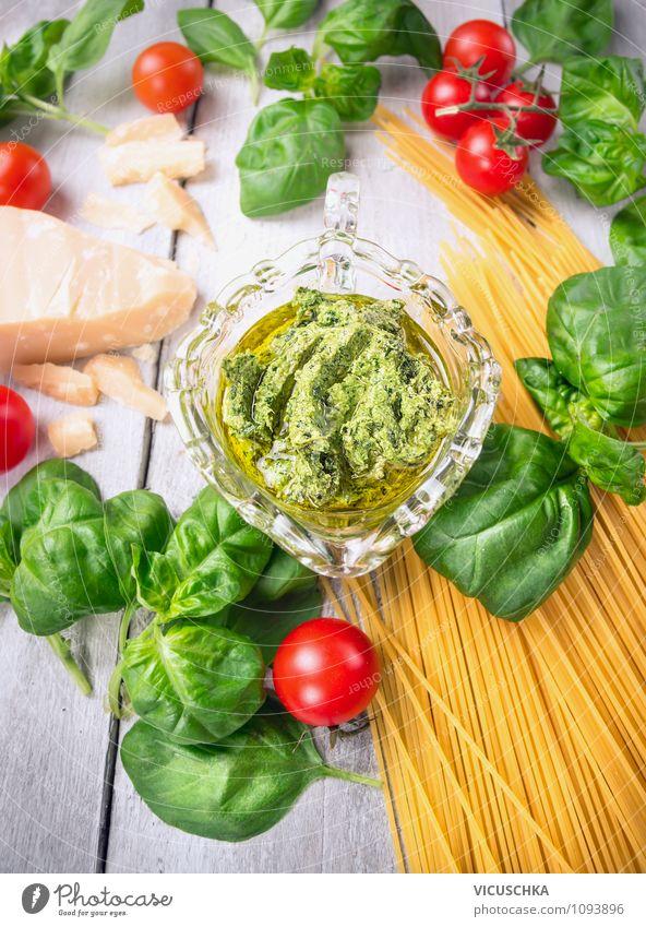 Bsilikum Pesto mit Spaghetti und Tomaten Lebensmittel Käse Frucht Kräuter & Gewürze Öl Ernährung Mittagessen Festessen Bioprodukte Vegetarische Ernährung Diät