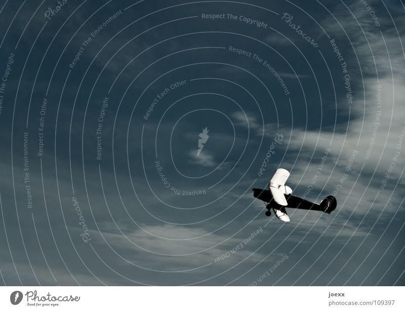 Doppelt hält besser Himmel Wolken Freiheit oben träumen Freizeit & Hobby hoch Flugzeug Luftverkehr Sicherheit Unendlichkeit Tragfläche Doppelbelichtung aufwärts