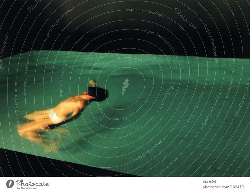 nachtblende Wasser träumen Wellen Schwimmbad tauchen Schweben