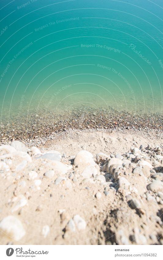 Steilküste Ferien & Urlaub & Reisen Strand Umwelt Natur Landschaft Erde Wasser Hügel Küste Seeufer Meer Stein hoch grün Baggersee steinig steil Steilwand tief