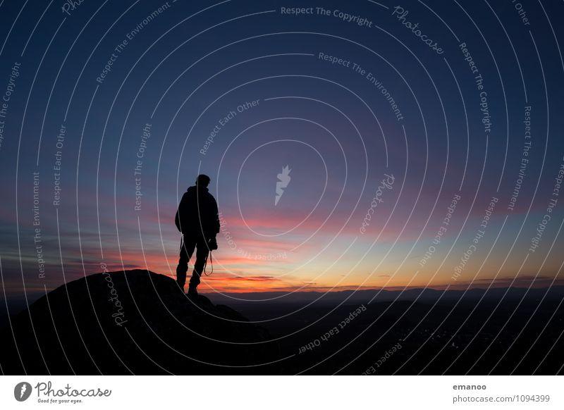 a photographer's sunset II Lifestyle Stil Freude Ferien & Urlaub & Reisen Tourismus Ferne Freiheit Berge u. Gebirge Fotokamera Mensch Mann Erwachsene Körper 1