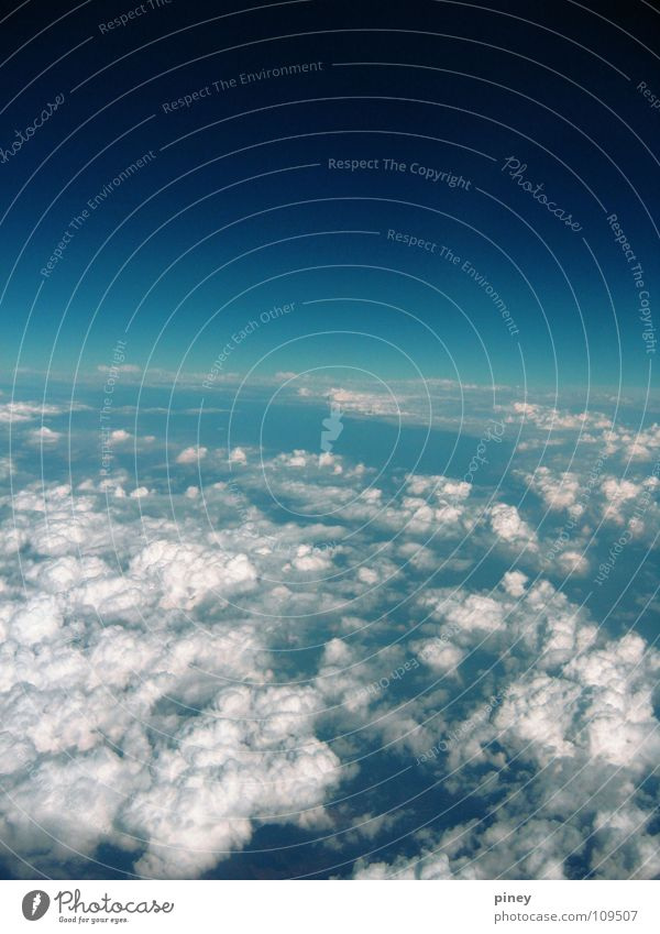 Above. Beyond Himmel Perspektive fade