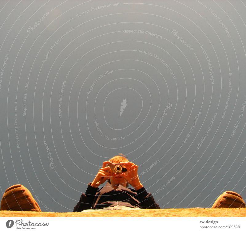 o_A_o Sonnenbrille Mütze Körperhaltung Spaziergang Pendler Luft atmen maskulin wo Gelände Photo-Shooting Fotografie Medien Fotografieren Herbst Stimmung