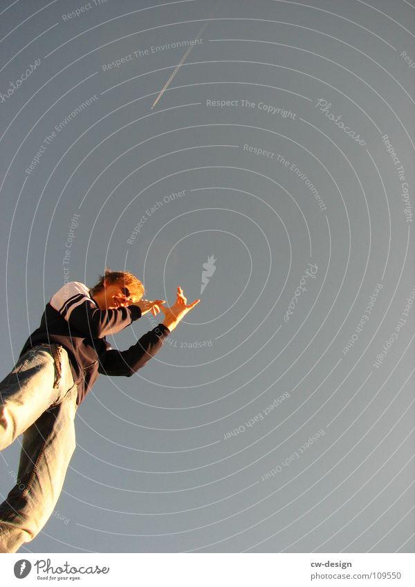 / Sonnenbrille Mütze Körperhaltung Spaziergang Pendler Luft atmen maskulin wo Gelände Photo-Shooting Medien minimalistisch Fotograf Fotografieren Herbst