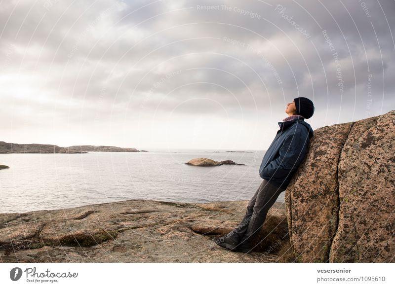 westkueste, schweden 4 Mensch Frau Himmel Ferien & Urlaub & Reisen Erholung Meer ruhig Ferne Erwachsene Küste Stimmung Felsen Horizont Zufriedenheit Ausflug