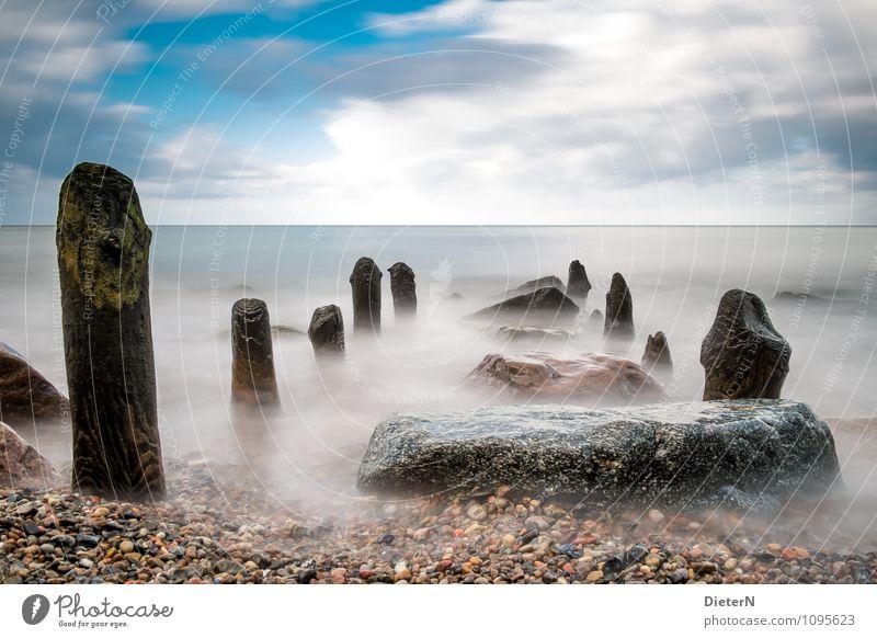 Zahnlücken Himmel Natur blau weiß Wasser Landschaft Wolken Strand schwarz Küste Stein Felsen Horizont Wetter Ostsee Reihe