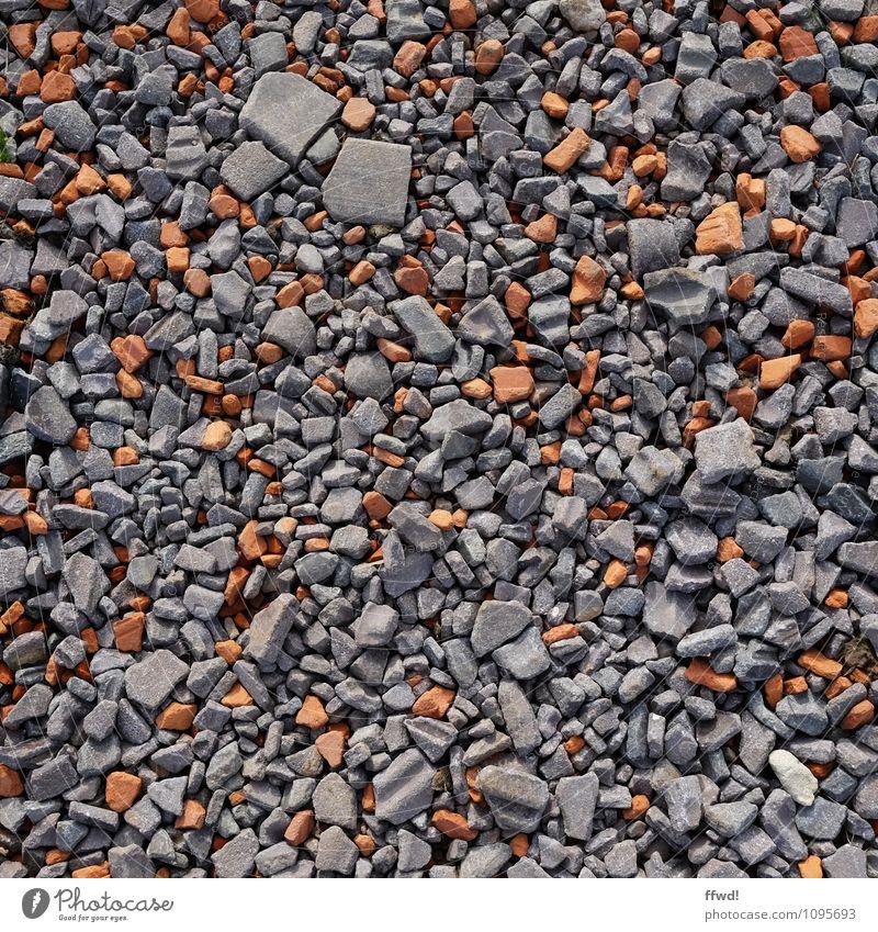 Führ mich zum Schotter Umwelt Erde Wege & Pfade Stein kaputt grau orange Verfall Vergänglichkeit Wandel & Veränderung Bauschutt Schutthaufen Farbfoto