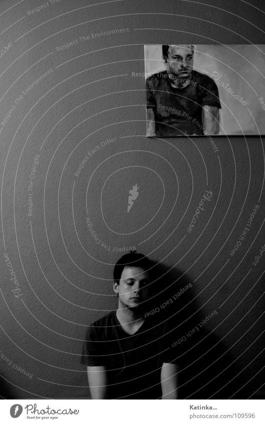 Gemeinsamkeiten Wohnzimmer Mann Porträt schwarz grau weiß Trauer Einsamkeit Wohnung trüb Gemälde Zusammensein Herbst Wand Strukturen & Formen dunkel Nacht