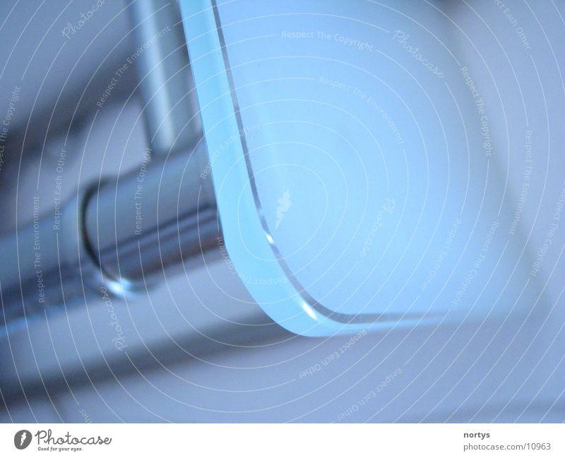 MilchTisch Milchglas Stil Aluminium Häusliches Leben Glas Makroaufnahme