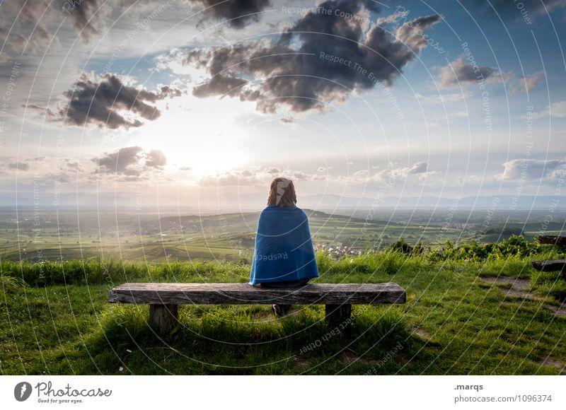 Frau sitzt auf einer Bank im sommerlichen Kaiserstuhl Ausflug Abenteuer Ferne Freiheit Mensch feminin Junge Frau Jugendliche Körper 1 Umwelt Natur Landschaft