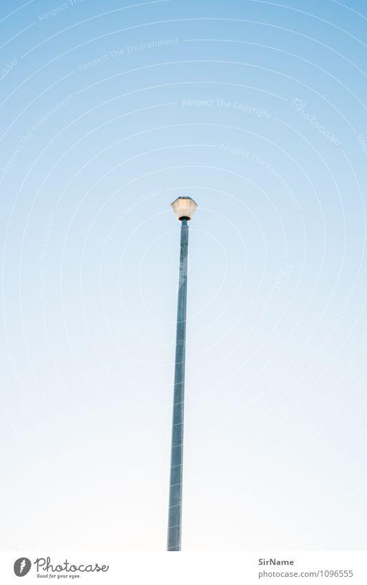 340 Ferien & Urlaub & Reisen Stadt blau weiß Sommer Wege & Pfade Stil klein Design Ordnung modern Verkehr Perspektive ästhetisch Ausflug Kreativität