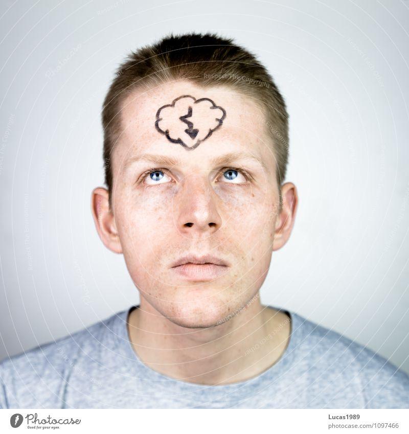 Gedanken Mensch maskulin Junger Mann Jugendliche Erwachsene Stirn 1 18-30 Jahre T-Shirt Haare & Frisuren kurzhaarig Blitze bemalt beobachten Denken Blick klug