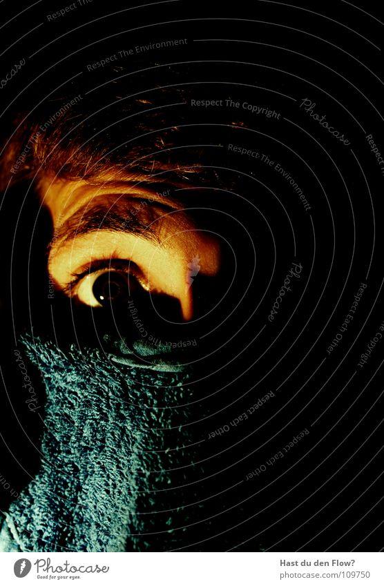 Bandito blau schwarz Auge dunkel Haare & Frisuren träumen Angst Haut Maske Neugier verstecken böse Pullover Verbote falsch Panik
