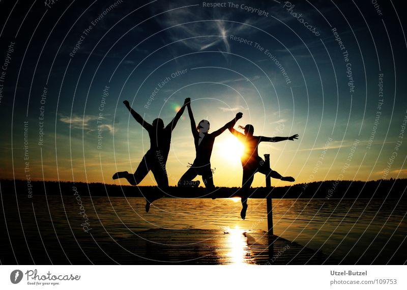 kein Titel Steg mehrfarbig Wolken Unendlichkeit Freiheit Silhouette Sonnenuntergang rot ruhig Aktion harmonisch Verlauf Freundschaft Schulausflug Jugendliche