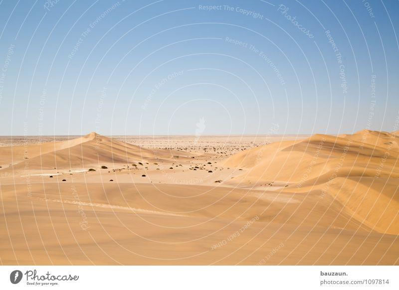 n. Ferien & Urlaub & Reisen Tourismus Ausflug Abenteuer Ferne Freiheit Sightseeing Umwelt Natur Landschaft Erde Sand Himmel Wolkenloser Himmel Horizont Sommer
