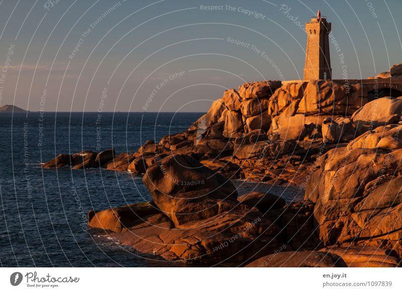 Lieblingsplätzchen Himmel Natur Ferien & Urlaub & Reisen blau Sommer Meer Landschaft Küste Felsen Horizont orange Tourismus Klima Ausflug Schönes Wetter