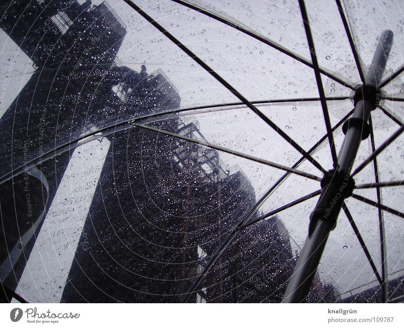 Durchsichtig trüb Industriekultur Zeche 'Zollverein' grau durchsichtig Regenschirm historisch Vergänglichkeit Umbrella Gestänge Wetter PVC Metall