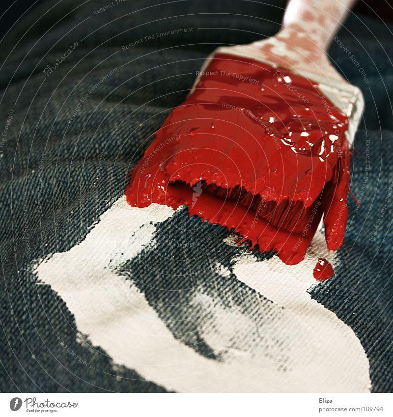 Colour Up Your Love weiß rot Farbe kalt Spielen Gefühle Kunst Zufriedenheit Herz Romantik Wunsch Jeanshose streichen Lebewesen Kreativität Gemälde