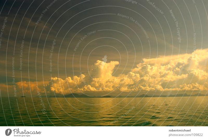 wolkenmeer Natur Wasser schön Himmel Meer grün blau Ferien & Urlaub & Reisen ruhig Wolken Einsamkeit Ferne gelb Erholung Gefühle oben