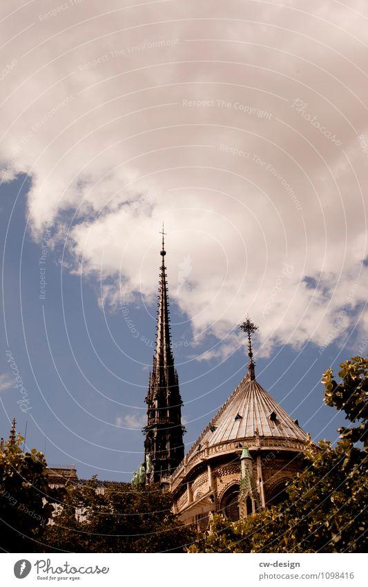 Postkarte aus Paris Natur Ferien & Urlaub & Reisen Stadt alt Pflanze Baum Wolken Architektur Gebäude Park Tourismus authentisch Ausflug Europa Kirche
