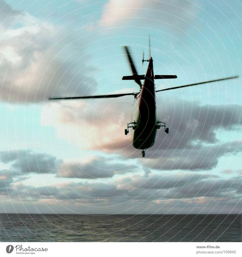 coast guard Himmel blau Wasser Meer Luftverkehr Hilfsbereitschaft Suche Dienstleistungsgewerbe Rettung Erste Hilfe Versicherung hilflos Hubschrauber Sanitäter