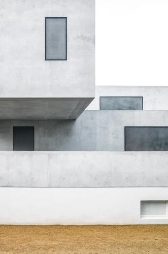 Bauhaus master house II Haus Architektur Gebäude Sand Fassade Denkmal Wahrzeichen Sehenswürdigkeit klassisch
