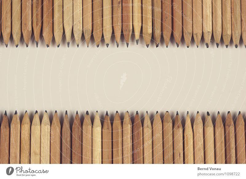 textfreiraum mitte Schreibwaren Schreibstift braun grau Bleistift Reihe gegenüber Freiraum Spitze Kreativität zeichnen Ordnung viele holzstift holzbuntstift
