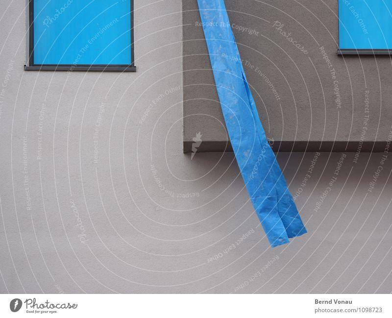 '\' Stadt Haus kalt blau grau Glas Fenster Neubau Folie hängend Erker neu Putz Putzfassade Geometrie Wind Baustelle Wand Fassade Farbfoto Außenaufnahme