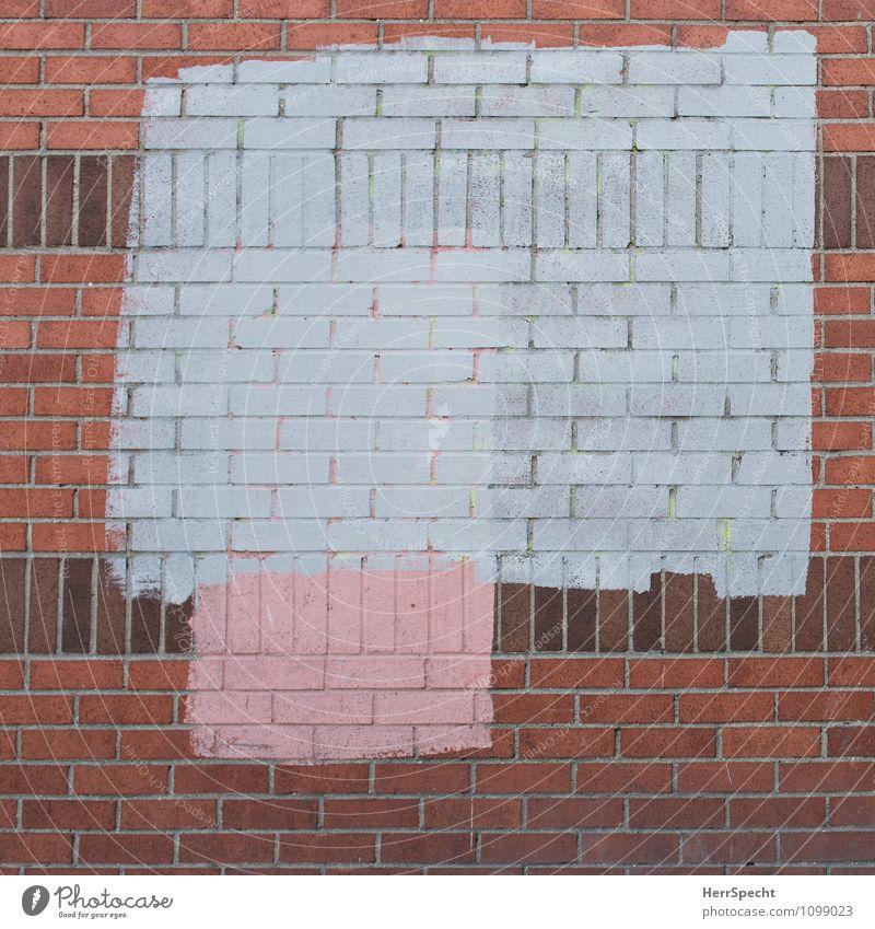 Work in Progress - 700 und 5 Kunstwerk Gemälde Haus Bauwerk Gebäude Mauer Wand Fassade grau rot Backstein Backsteinwand verschönern Rechteck streichen