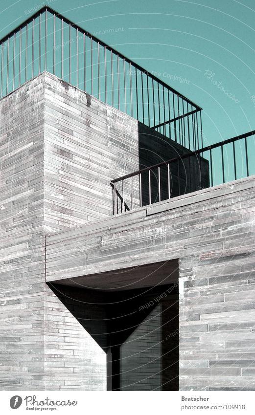Proportionen IV Haus Stil grau Stein Mauer Linie Architektur Sachsen-Anhalt modern ästhetisch Ecke Schweiz Buchstaben Burg oder Schloss historisch