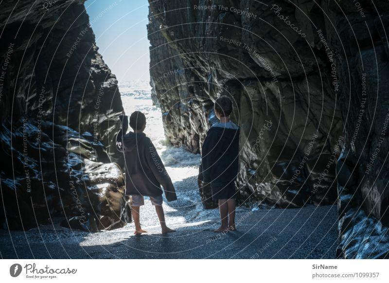 352 Mensch Kind Natur Ferien & Urlaub & Reisen Meer Strand Ferne Leben Küste natürlich Junge Freiheit Felsen Zusammensein Horizont Freundschaft