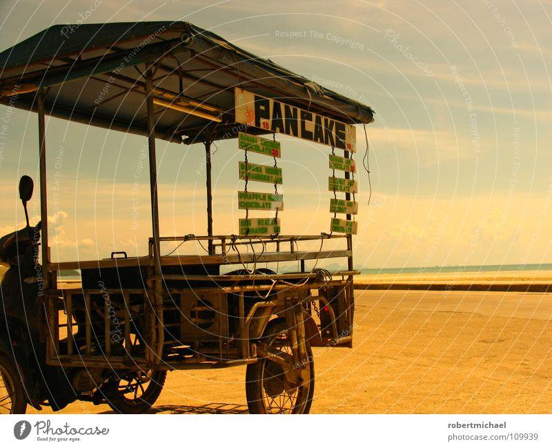 essen auf rädern Himmel Natur Wasser Sommer Sonne Meer Strand Einsamkeit Wolken Ferne Wärme Wege & Pfade Sand Luft Horizont offen