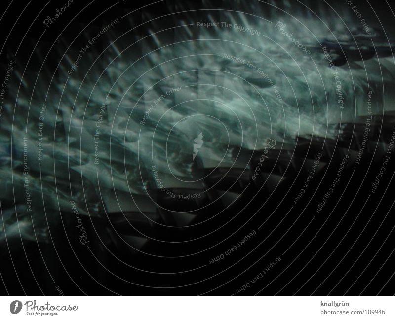 Spitzen dunkel grau schwarz grün Farbe hell Fotokunst dreidimensional blau