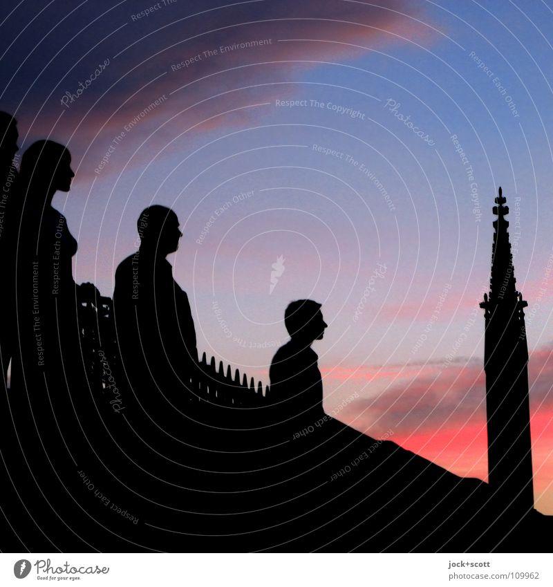 Kreuzberg 61 Meditation Erwachsene 3 Mensch Himmel Wolken Sehenswürdigkeit Denkmal beobachten stehen träumen frei Gefühle Zufriedenheit Geborgenheit