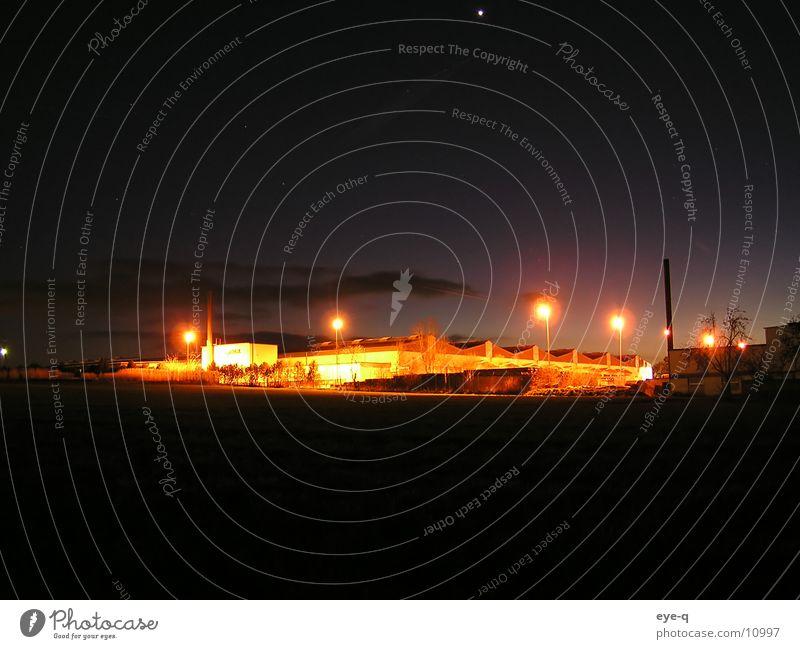 strahlungsindustrie Industrielandschaft Beleuchtung dunkel planen Elektrisches Gerät Technik & Technologie Unternehmen Nachtbeleuchtung Lichtblick