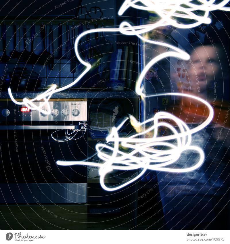 Picasso um 18:23 Lampe Licht Leuchtspur Streifen Linie Bewegung Kunst Gemälde Luft dunkel Artist Kind Langzeitbelichtung Spuren Künstler Lichtkunst streichen