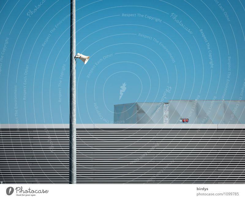 Stille - dennoch keine Entspannung blau Einsamkeit ruhig kalt Architektur grau außergewöhnlich Metall Design Ordnung modern ästhetisch Technik & Technologie