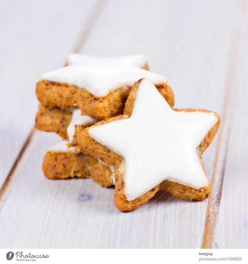 Zimtsterne Weihnachten & Advent Winter Tisch Kochen & Garen & Backen Jahreszeiten Postkarte nah Kuchen Backwaren Geschmackssinn Holztisch Plätzchen Dezember