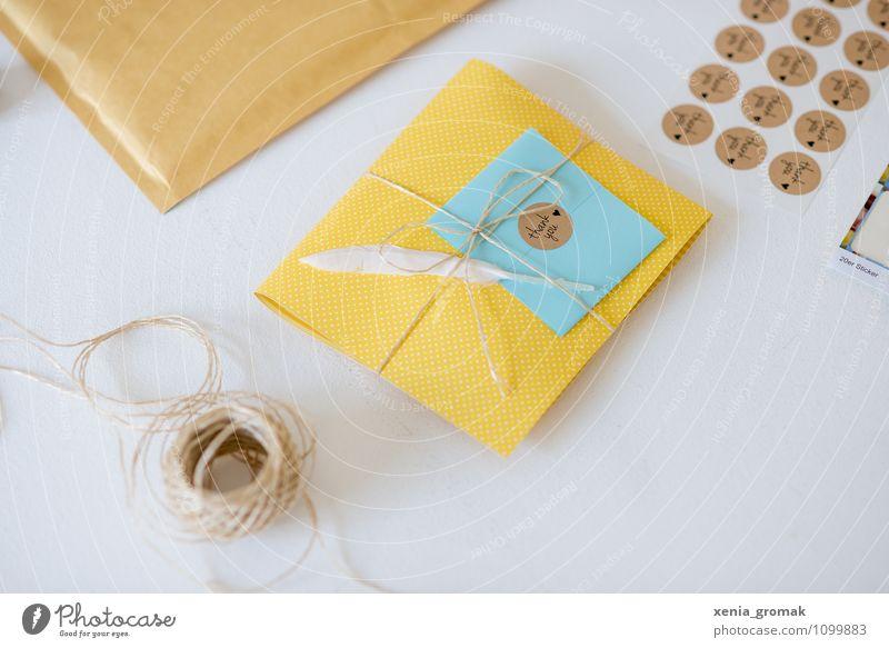 Geschenk, Feder, Schleife, Papier Freude Stil Feste & Feiern Lifestyle Freizeit & Hobby Design Dekoration & Verzierung elegant Geburtstag Fröhlichkeit