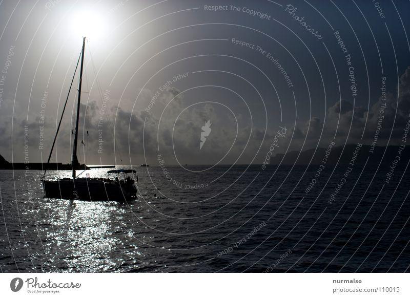 Black Sun II Mallorca Meer See Sportboot Klippe Nebel Stimmung Wasserfahrzeug Segelboot Spielen Herbst Europa Malorka Mittelmeer Sonne Jacht Toplight Strommast