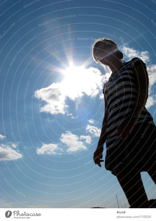 sunshine girl Frau schön Himmel Sonne blau Wolken Ferne Streifen Bekleidung Kroatien Minirock