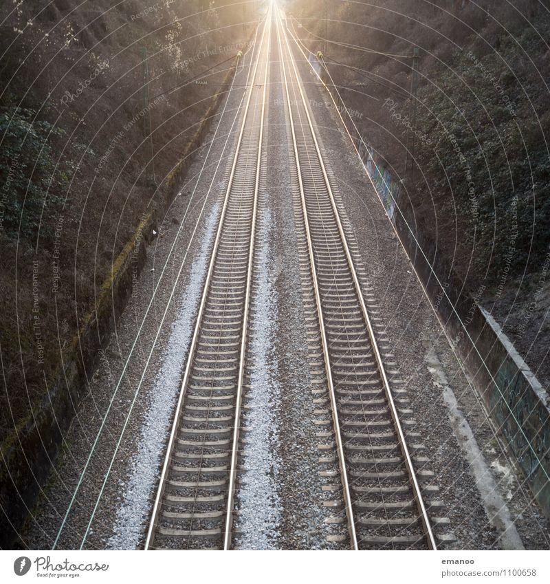wie auf Schienen Ferien & Urlaub & Reisen Tourismus Ausflug Ferne Freiheit Verkehr Verkehrsmittel Verkehrswege Personenverkehr Öffentlicher Personennahverkehr