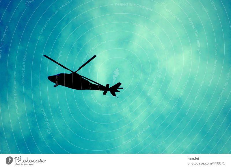 Schrubhauber Pilot Luftverkehr Himmel Flugzeug Hubschrauber Flugzeuglandung Flugzeugstart beobachten drehen bedrohlich Sicherheit gefährlich Überwachung Terror
