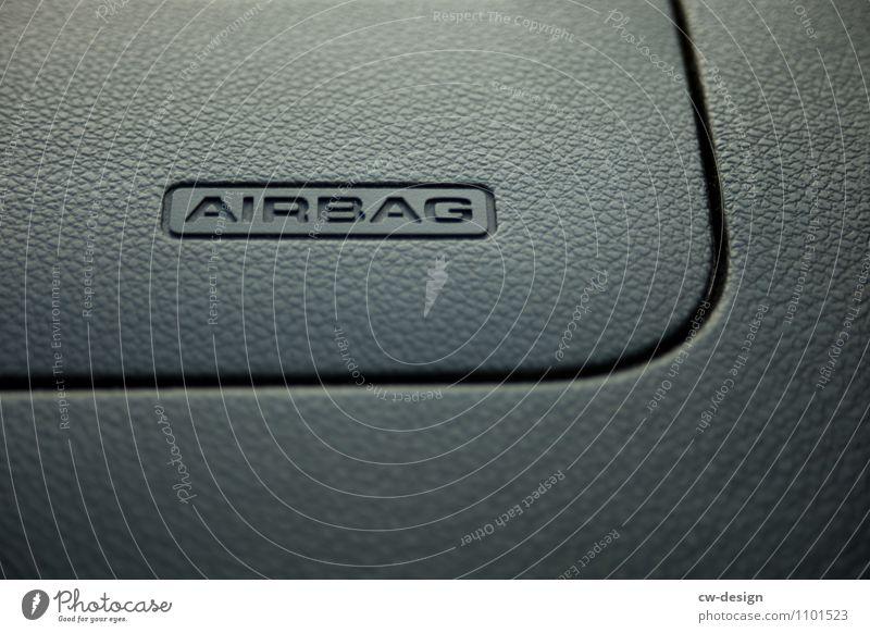 Passive Sicherheit im Auto Technik & Technologie Fortschritt Zukunft High-Tech Verkehr Verkehrsmittel Personenverkehr Autofahren Fahrzeug PKW Taxi Sack Zeichen