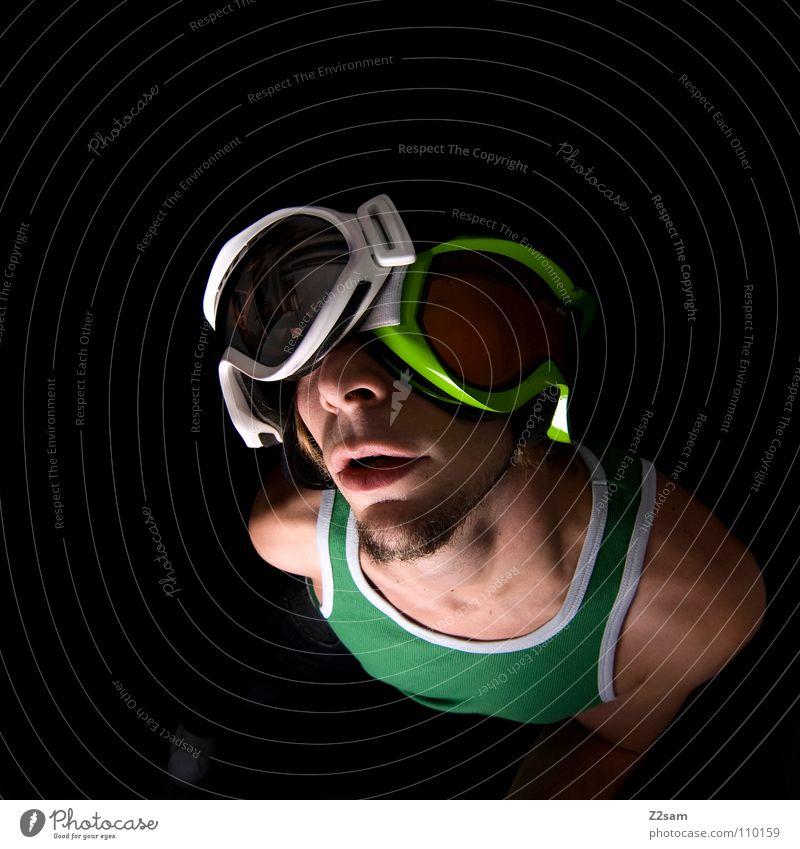 doppelt hält besser 2 Schneebrille grün hellgrün weiß Reflexion & Spiegelung Muskelshirt Snowboarder Trägershirt Mann maskulin Porträt Vogelperspektive Bart