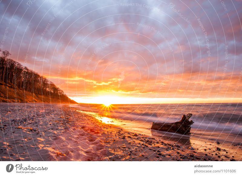 Sonnenuntergang in Nienhagen Landschaft Wasser Wolken Sonnenaufgang Schönes Wetter Wellen Strand Ostsee Zufriedenheit Lebensfreude Romantik schön achtsam ruhig